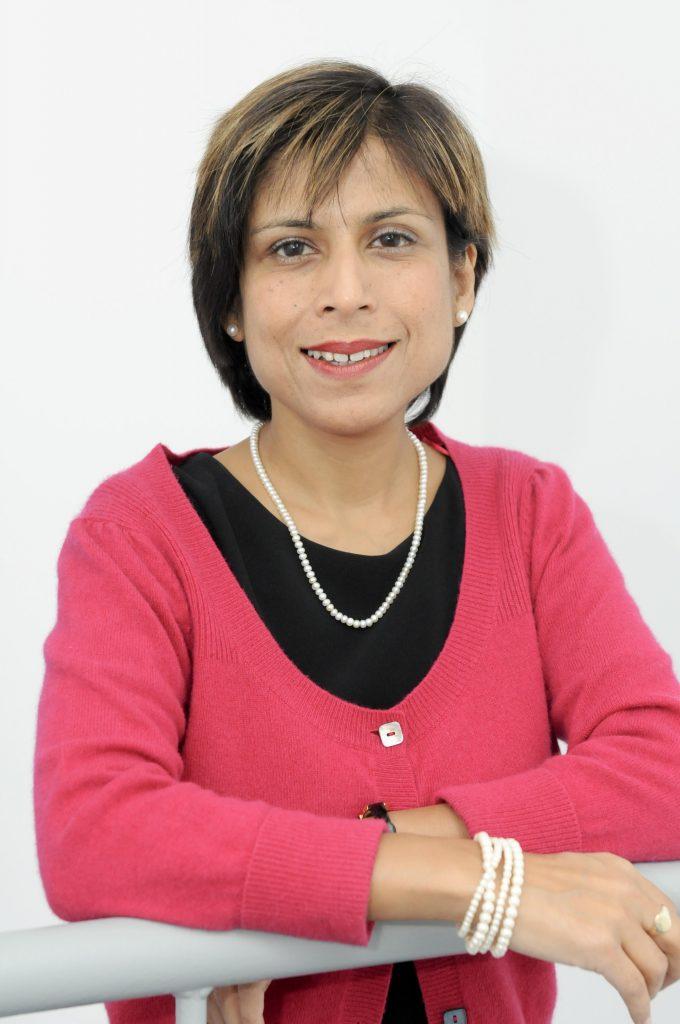 Thapar, Anita Headshot